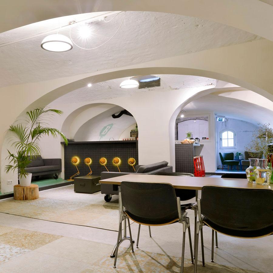 Prachtige 14de -eeuwse werfkelder van het Mary K Hotel