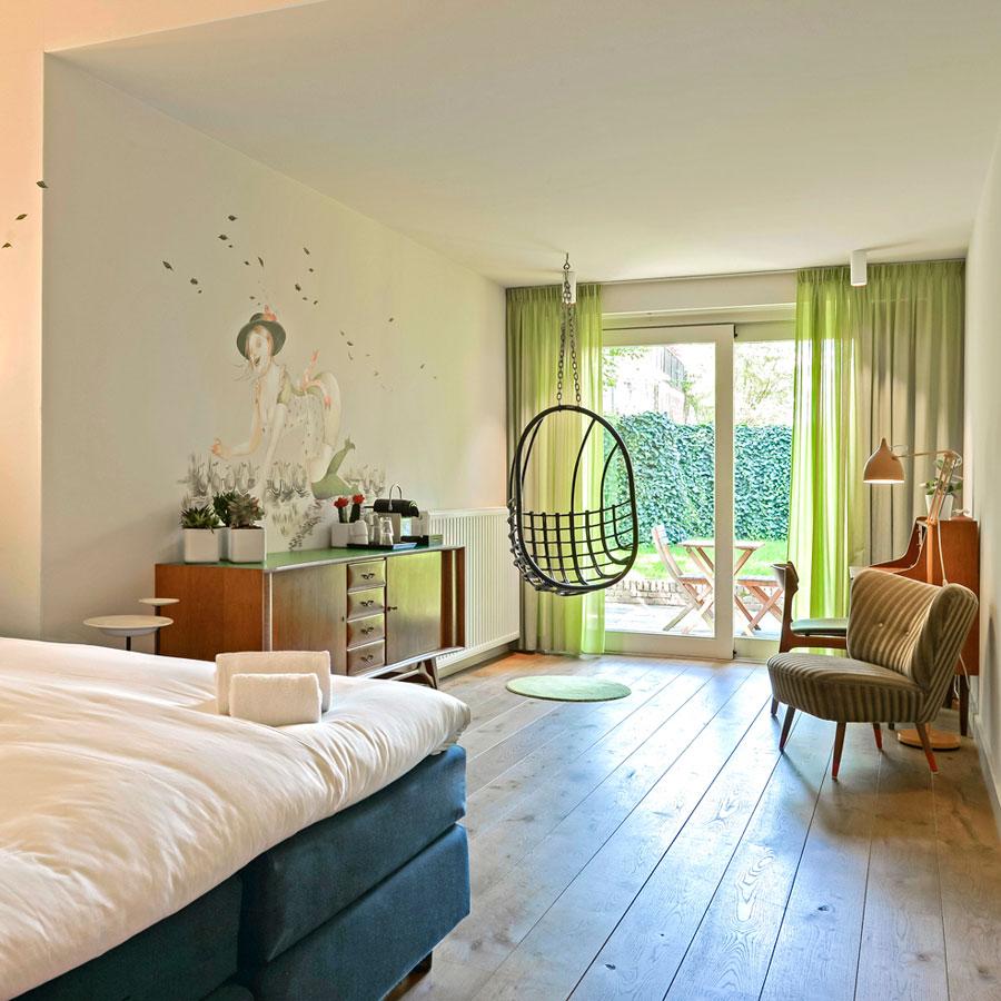 Comfortabel Medium hotelkamer met opgang naar de tuin