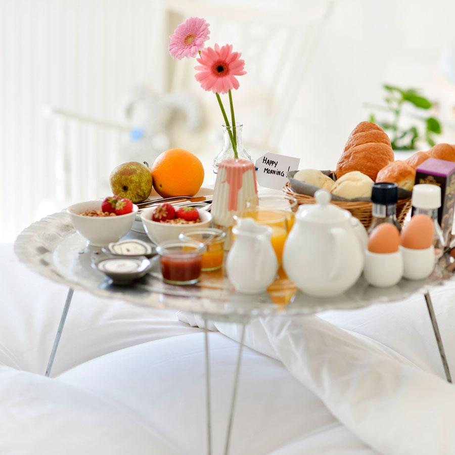 Ontbijt op bed bij het Mary K Hotel Utrecht centrum